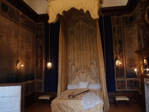 Another royal bed chamber, although these were mostly for show. The bedrooms that the monarchs actually slept in weren't very elaborate.